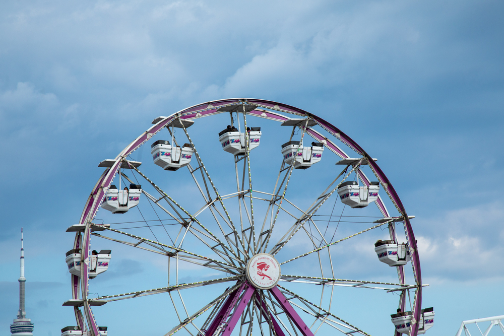 The Indiana Beach Boardwalk Resort features a Ferris Wheel and other fairway attractions