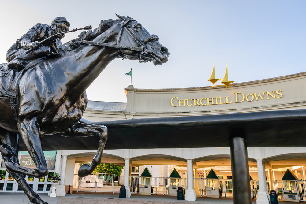LOUISVILLE, KENTUCKY, USA - MAY 15, 2016: Entrance to Churchill Downs featuring a statue of 2006 Kentucky Derby Champion Barbaro.