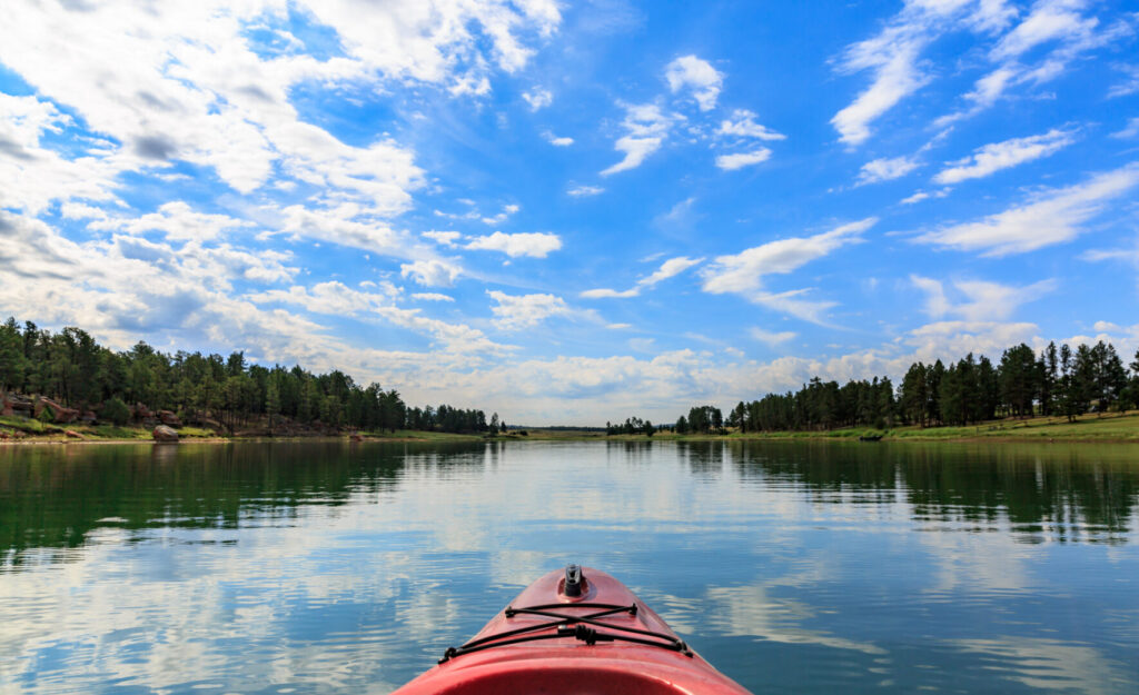 A kayak in the lake at Keyhole State Park