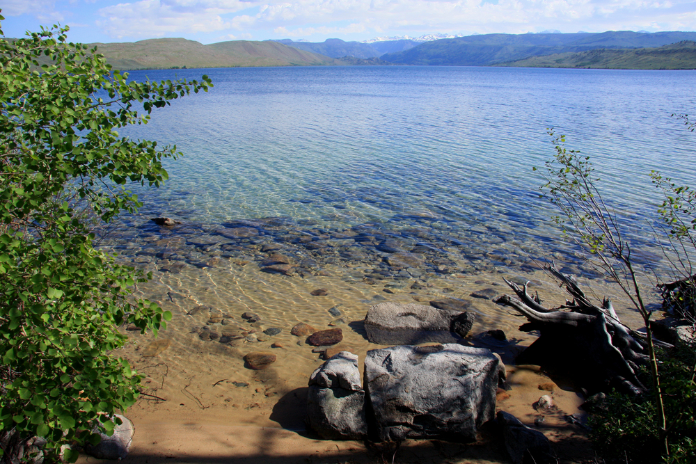 crystal blue water at Fremont,Lake,Near,Pinedale, Wyoming