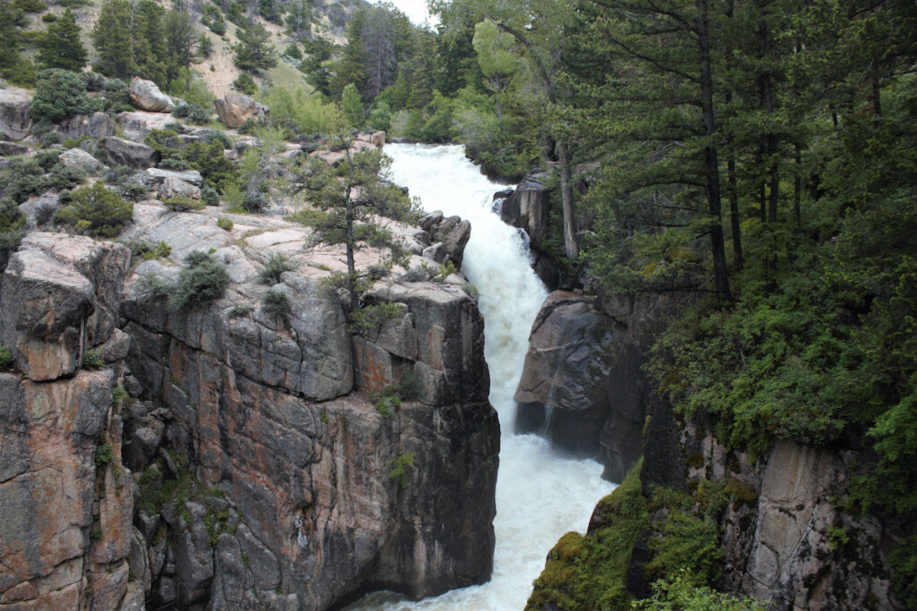 Shell falls in Wyoming